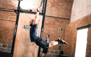 Influencer und Ring Muscleups